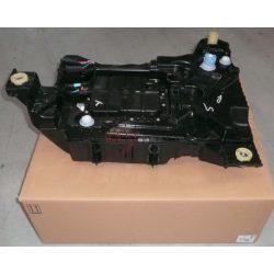 2013-> Peugeot 308 1.6-2.0 Hdi Adblue tartály Gyári szám: 9818559380